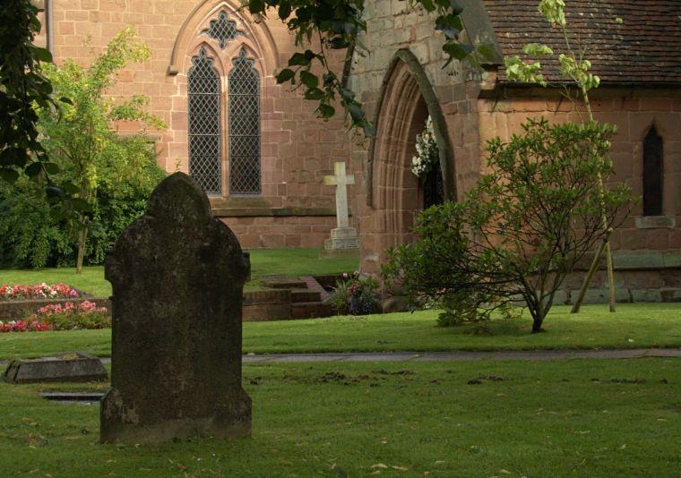 Kościół i cmentarz w Solihull