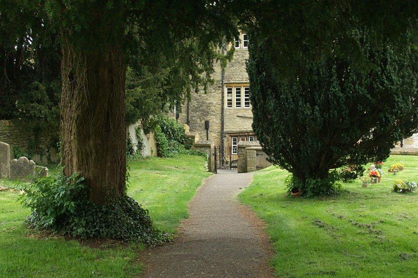 Costwold Hills - Stow-on-the-Wold - przykościelny park